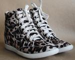 Sneakers de Francesca Giobbi garantem até bumbum empinado