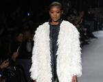 Todo o luxo de Tom Ford na Semana de Moda de Londres. Espia só