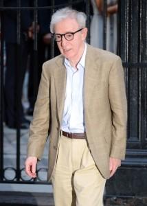 Woody Allen janta com turma influente em NY. Saiba mais