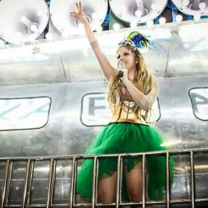 Afilhada de Carlinhos Brown é a nova aposta do Carnaval da Bahia