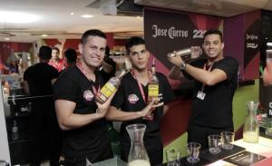 Jose Cuervo ganha marchinha-homenagem no Expresso 2222