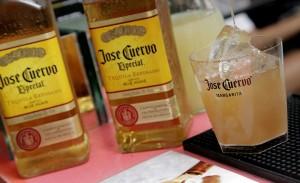 Segunda é dia de beber Gilberto Gil no Camarote Expresso 2222