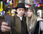 """Glamurama entrega qual a cidade que mais faz """"selfies"""" no mundo"""