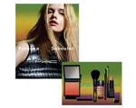M.A.C Cosmetics lança linha fashionista em parceria com Proenza Schouler