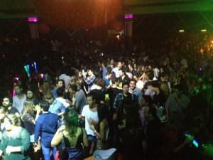5 músicas que fizeram a pista da festa Permita-se ferver no Cine Joia