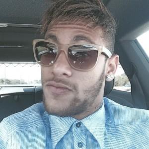 Neymar muda visual de novo e mostra influência de amigo. Quem?