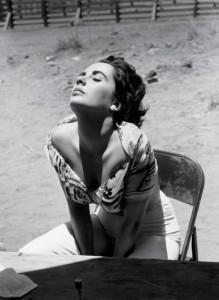 Fotos raras de Sid Avery mostram estrelas de Hollywood na vida real