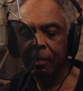 Gil presta homenagem a João Gilberto em novo trabalho. Põe pra tocar!