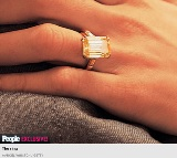 Glamurama mostra o anel de noivado de Amal Alamuddin. Clooney arrasou!