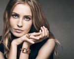 Nadja Bender estrela campanha de joias e acessórios da Gucci