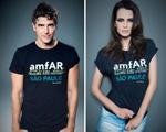 Personalidades vestem camiseta em apoio a quarta edição da amfAR