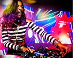 Pathy De Jesus dá voz às mulheres do hip hop para o Glamurama. Play!