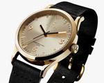 Muito ouro na coleção de relógios da Rasmus Storm em parceria com a Triwa