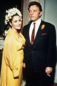 Kim Kardashian vai casar! Relembre a primeira cerimônia dela e enlaces de outras starlets