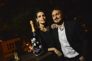 Jack Vartanian e Cassia Avila recebem com Perrier-Jouët