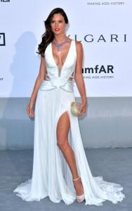 Brasileiras roubam a cena no baile de gala da amfAR em Cannes
