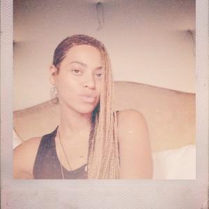 Beyoncé falta ao casamento de Kim, mas posta mensagem aos noivos