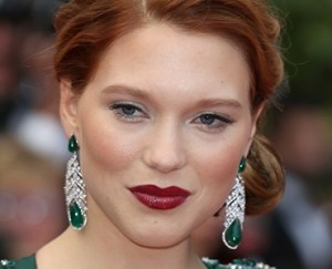 Notícias do red carpet: joias com esmeralda são tendência em Cannes