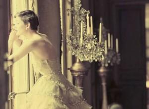 Fotos icônicas da maison Dior ganham exposição na França