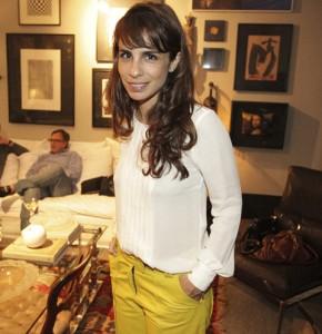 Maria Ribeiro conta como será atuar com marido e ex em próxima novela