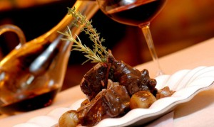La Casserole: 60 anos com jantar especial feito por 6 chefs franceses