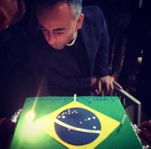 Glamurama descobriu os detalhes da festa discreta de Francisco Costa