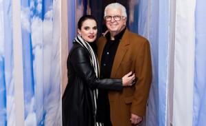 Chris Ayrosa celebra seus 30 anos de carreira na Casa Cor