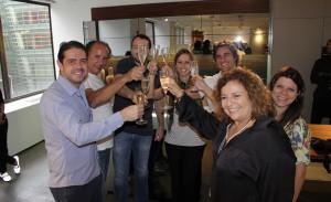 Florense leva turma top para inauguração de loja em Nova York
