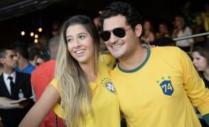 """Gente bonita, clima de festa e música boa na """"Casa Pelé do Futebol"""""""
