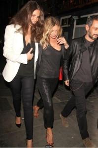 Kate Moss leva Ara Vartanian e Sabrina Gasperin para jantar em Londres
