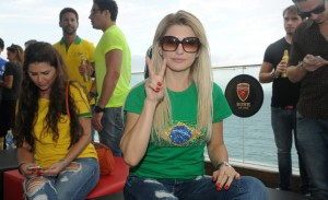 """Antonia Fontenelle dispara: """"O Brasil só tem jogador feio"""""""
