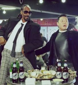 """Dois malucos em ação: Psy convida Snoop Dogg para clipe da música """"Hangover"""""""