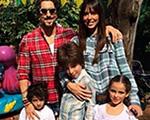 Marcos Mion curte sábado com a família em clima de Festa Junina