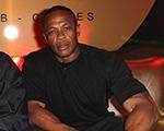Rapper Dr. Dre: generoso na gorjeta e também na autoestima…