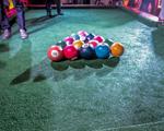 Sinuca jogada com os pés? Budweiser vai armar campeonato de poolball