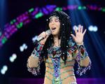 Estilista entra em cena para desenhar novos looks para a turnê de Cher