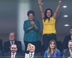 Bill Clinton fica assustado com vaias a Dilma Rousseff na abertura da Copa