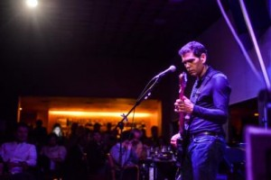 MasterCard Black promove shows de Dado Villa-Lobos para poucos no Rio