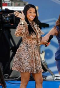 Nicki Minaj usa vestido de estilista brasileira. Conheça outras histórias…