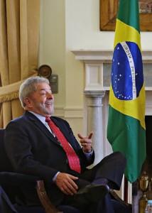 Lula longe da Copa do Mundo: pé frio, Fifa e polêmicas. Vem saber!