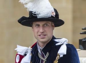 Xodó da vovó: William ganha helicóptero da rainha Elizabeth