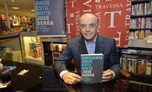 """José Serra baixa no Rio para lançar """"Cinquenta anos esta noite"""""""