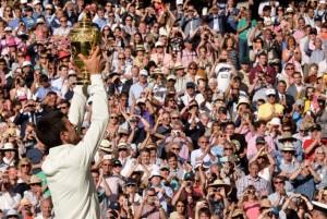 Novak Djokovic vence em Wimbledon com plateia estrelada. Aos detalhes!