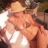"""O segredo da beleza e do """"shape"""" de Jennifer Lopez aos 45 anos"""