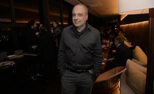 Arthur Casas organiza jantar de seu aniversário no Kosushi