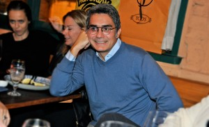 Felipe Diniz organiza petit comité em seu aniversário
