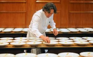 Troisgros, Sudbrack e chef três estrelas Michelin em jantar no Copacabana Palace