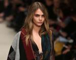 Moças do hype querem o poncho Burberry como item fashion. Será?