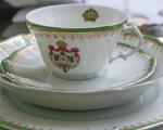 Tania Bulhões arma almoço imperial para lançamento de porcelanas