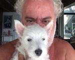 Mauro Freire ganha cachorrinho de presente de aniversário